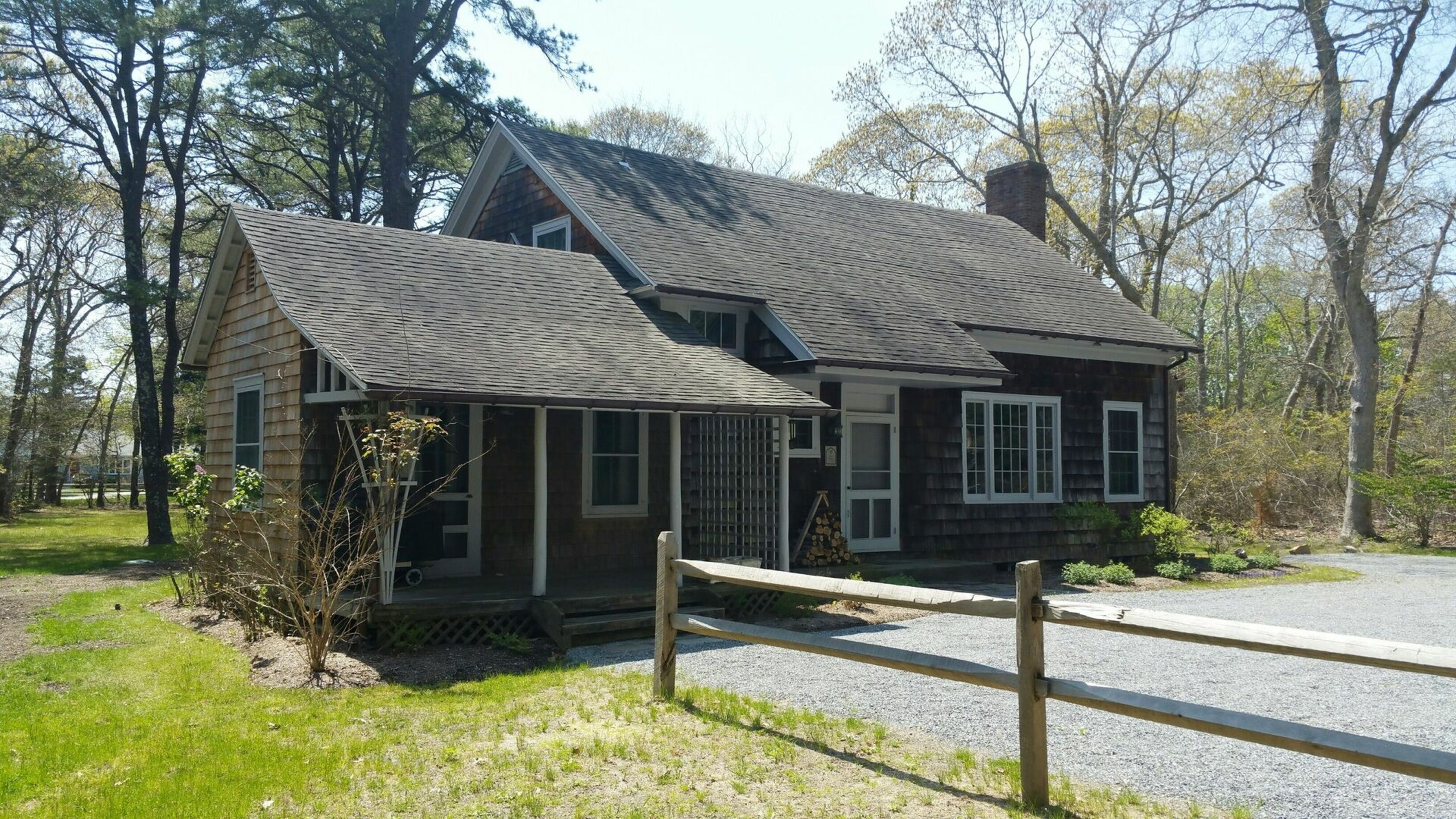 90 Old Depot Rd (the Folly C.1733 - Front House) - Quogue South, New York