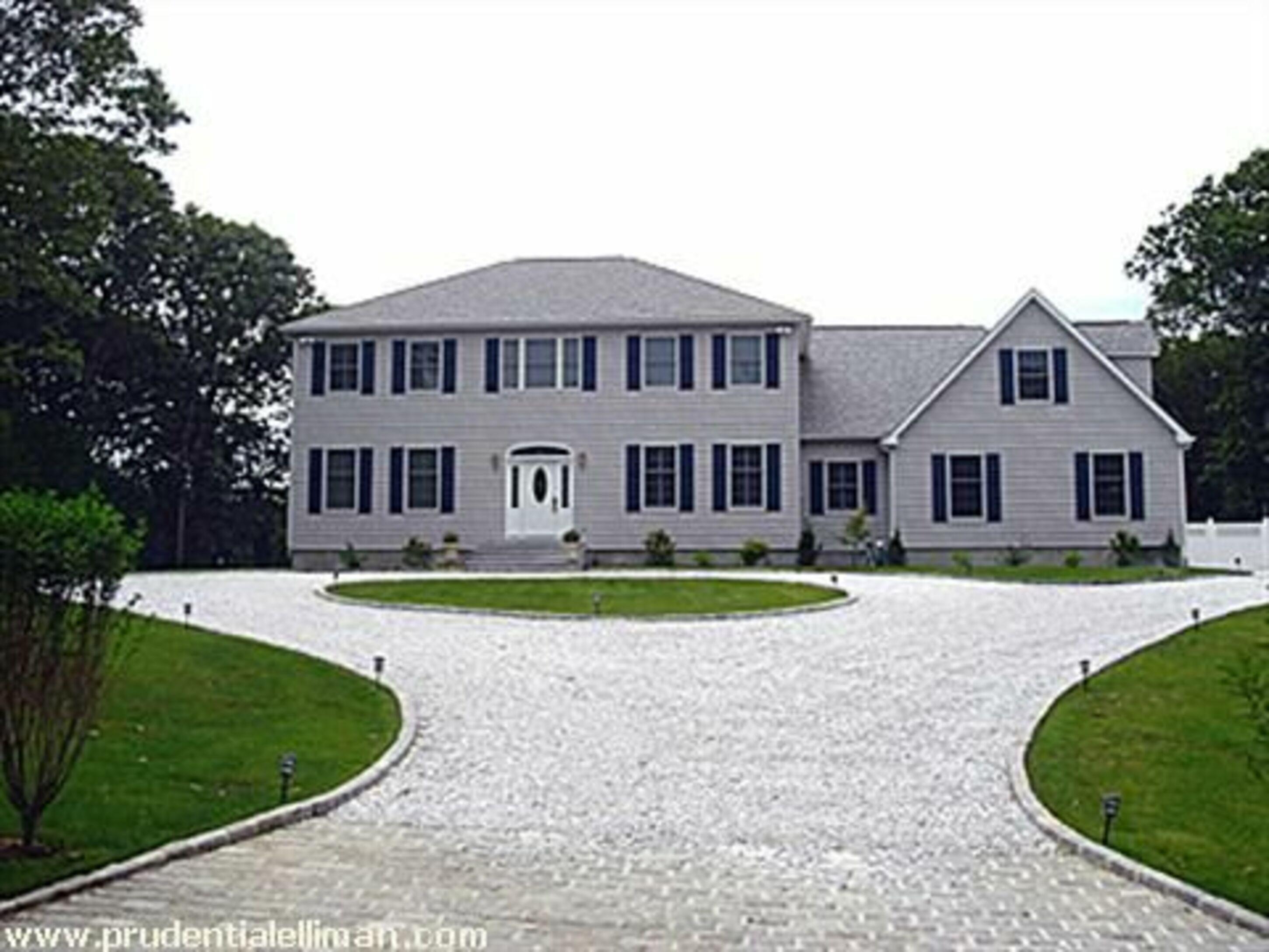44 White Oak Ln - Southampton North, New York