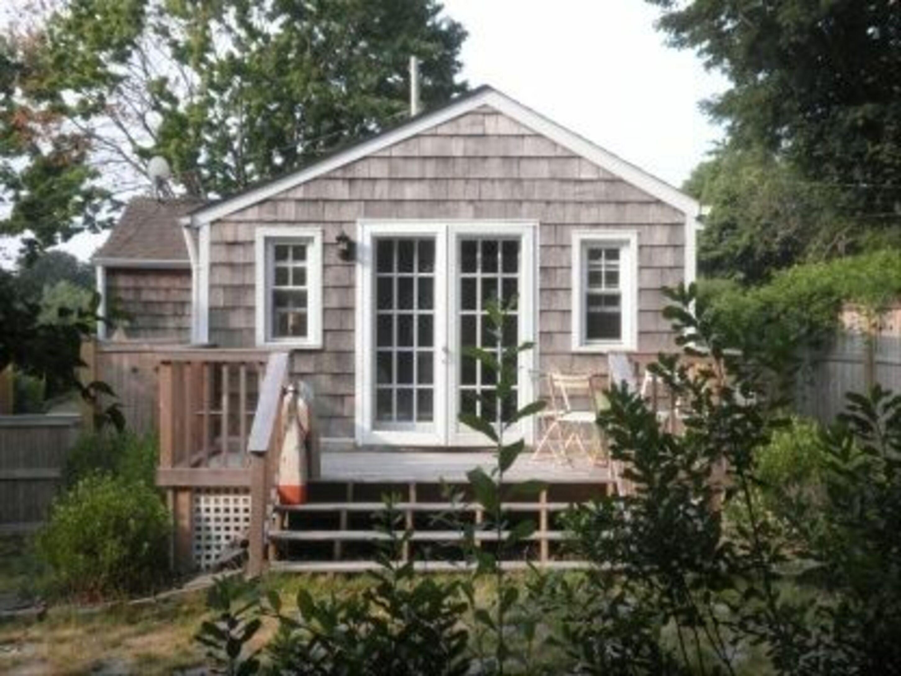 East Hampton Village Fringe, New York