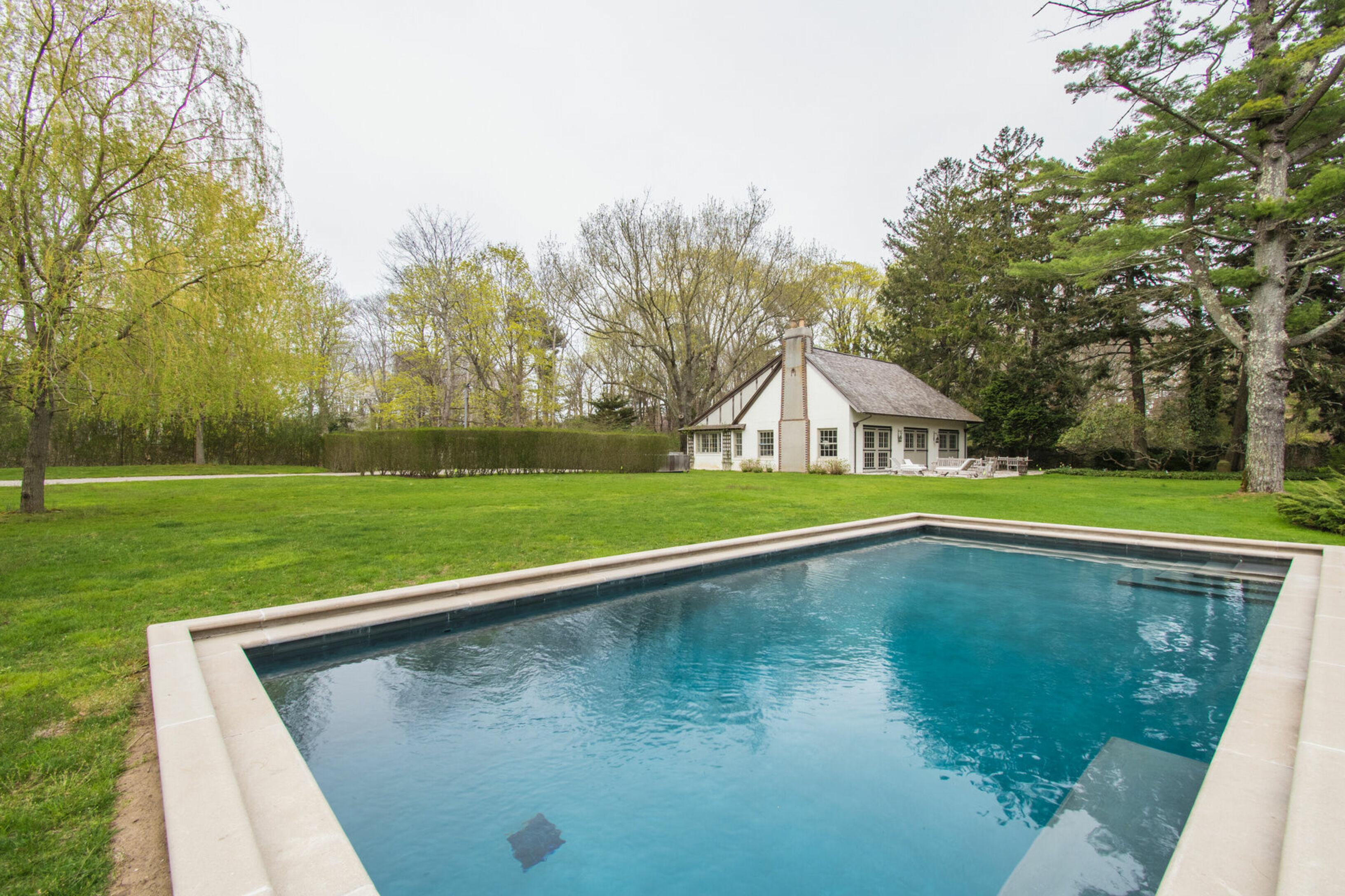 15 Baiting Hollow - East Hampton South, New York
