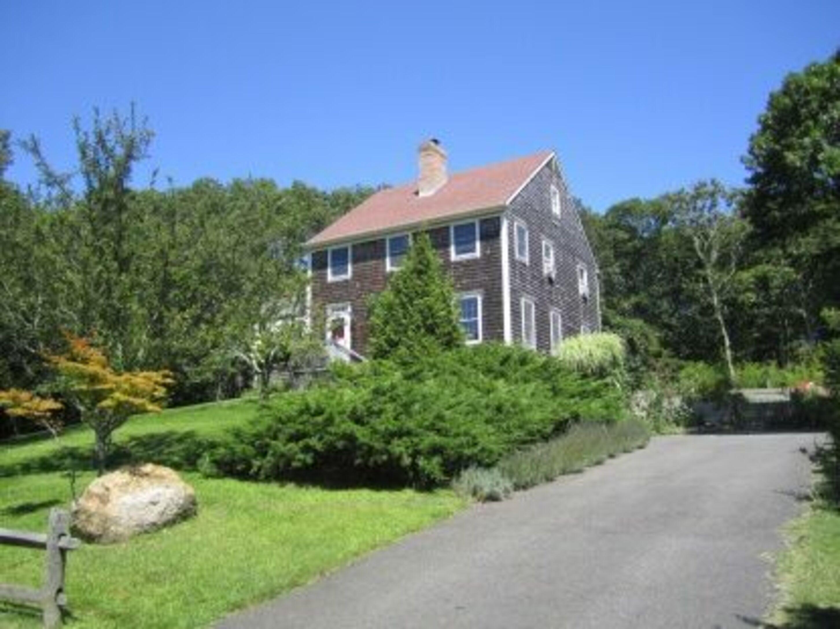 37 Robeson Blvd - Sag Harbor Village, New York