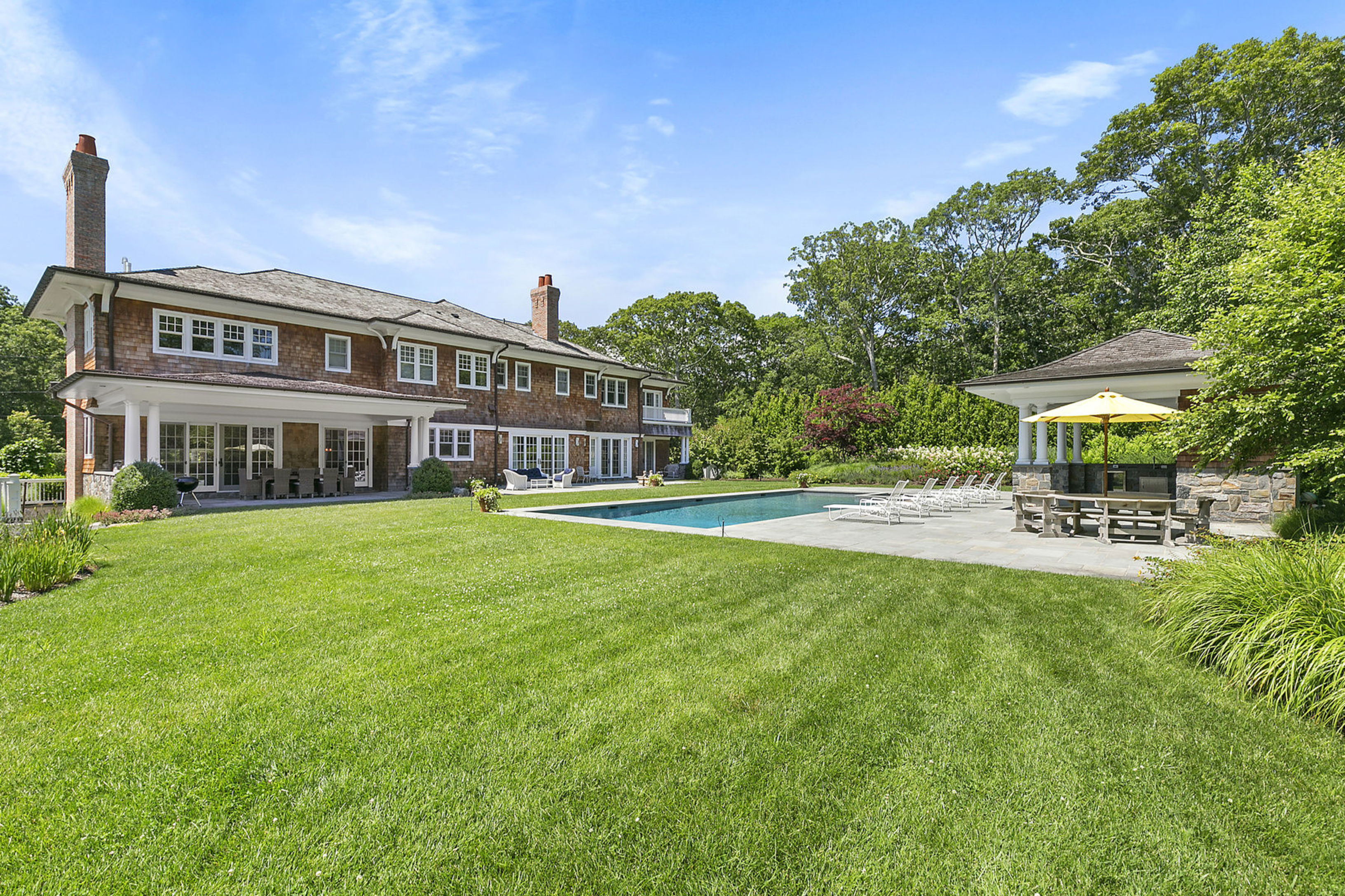 234 Cove Hollow Rd - East Hampton Village, New York