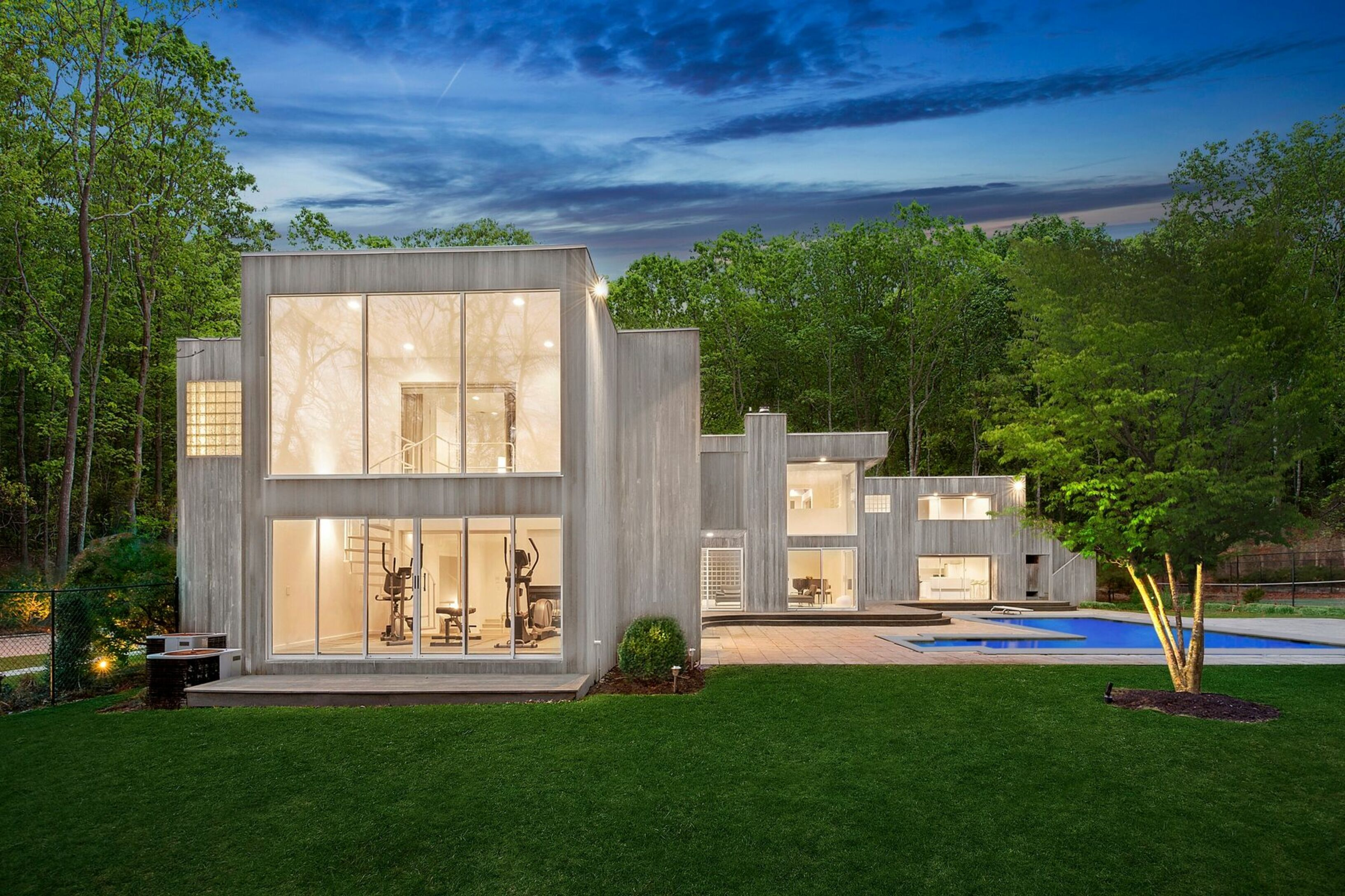 2828 Deerfield Rd - Sag Harbor, New York