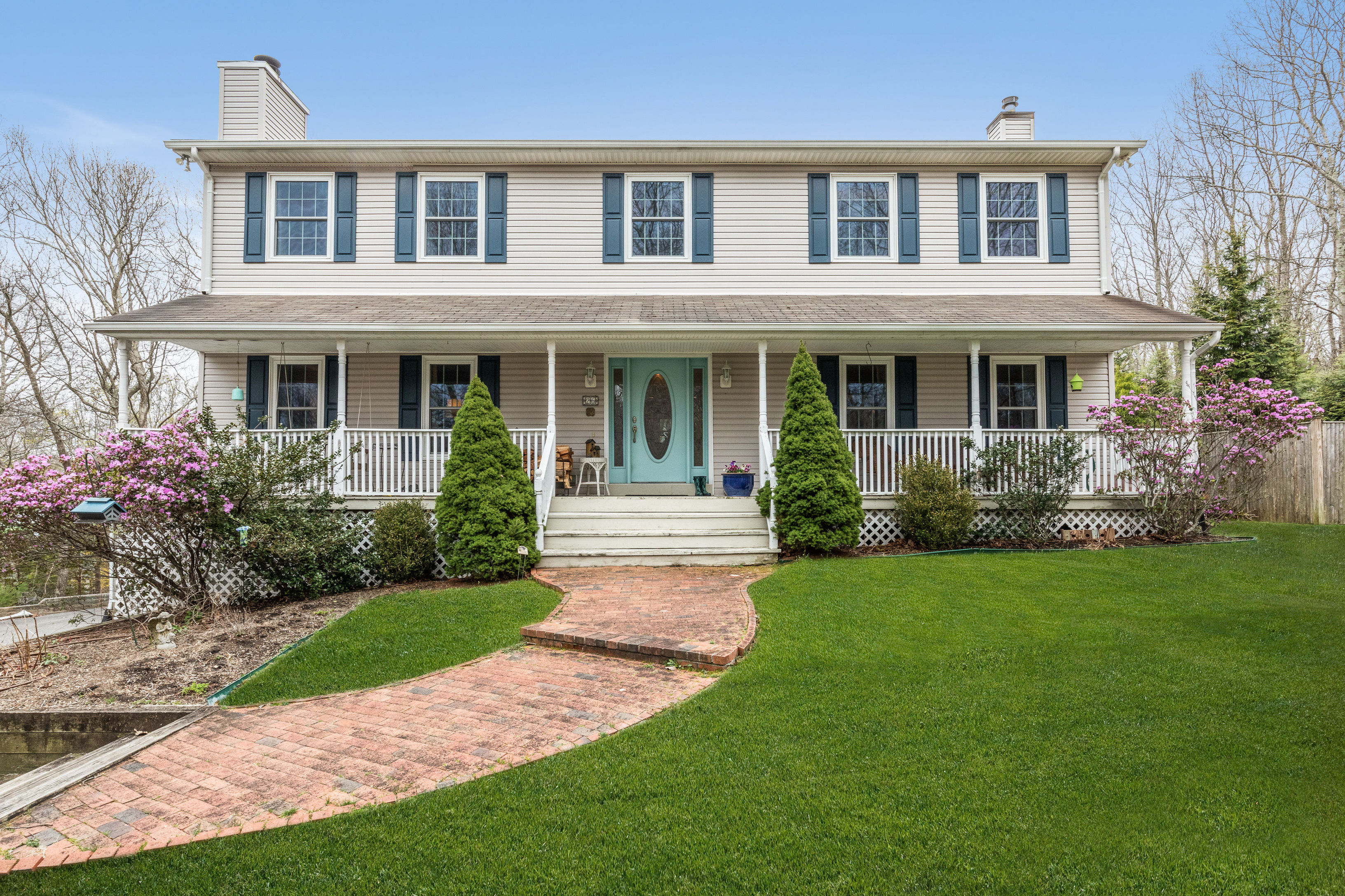 26 Harborview Dr - Sag Harbor, New York