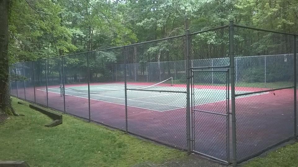 Desktop listing card 3 27798castle tennis
