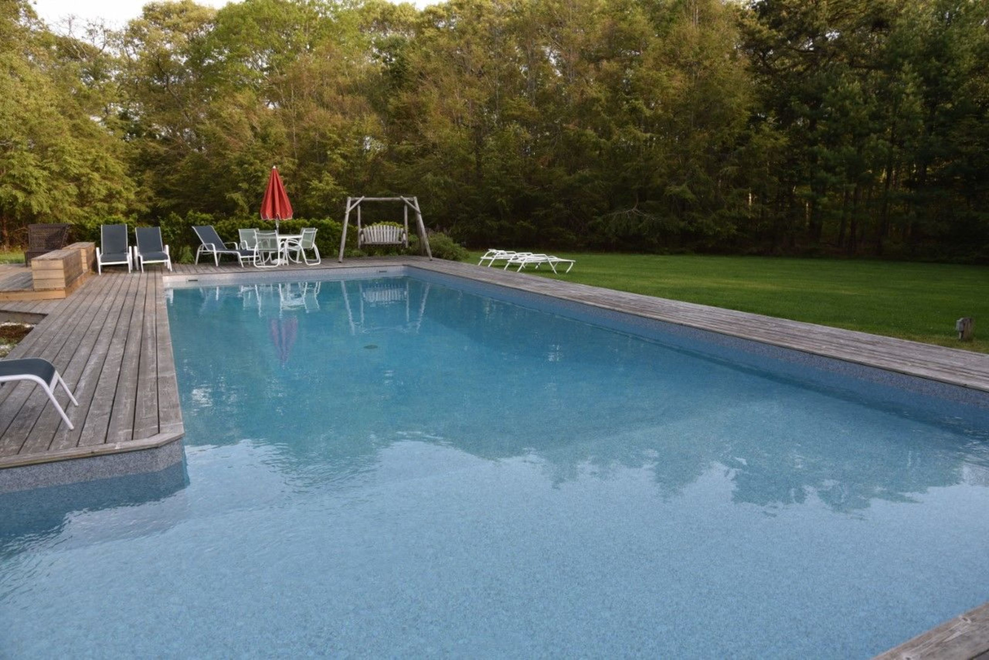 15 Beachland Ave - East Quogue, New York