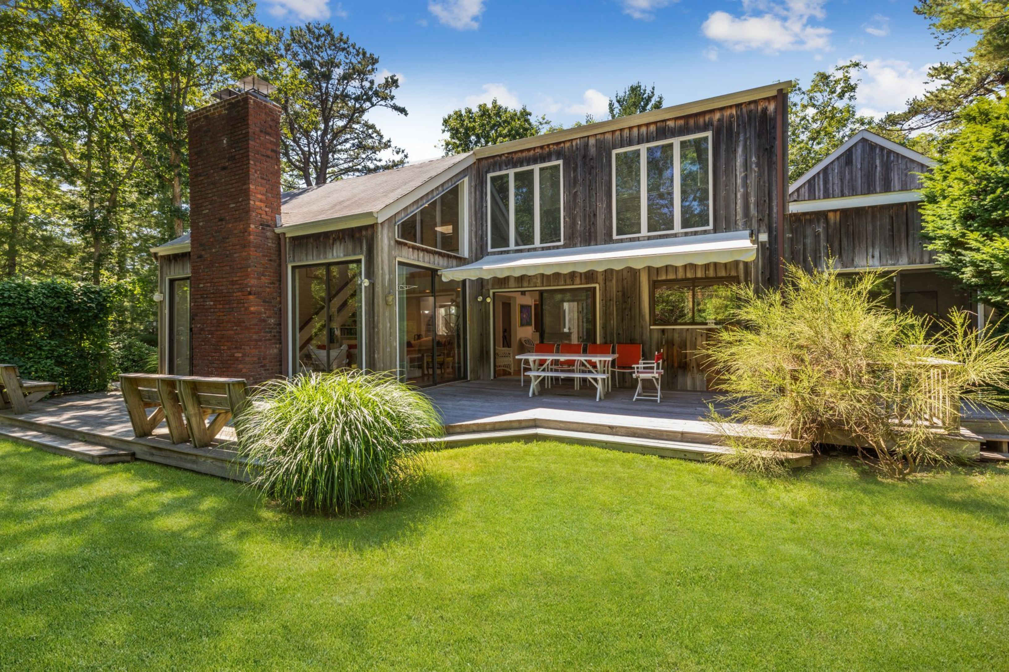 222 Buckskill Rd - East Hampton Village Fringe, New York
