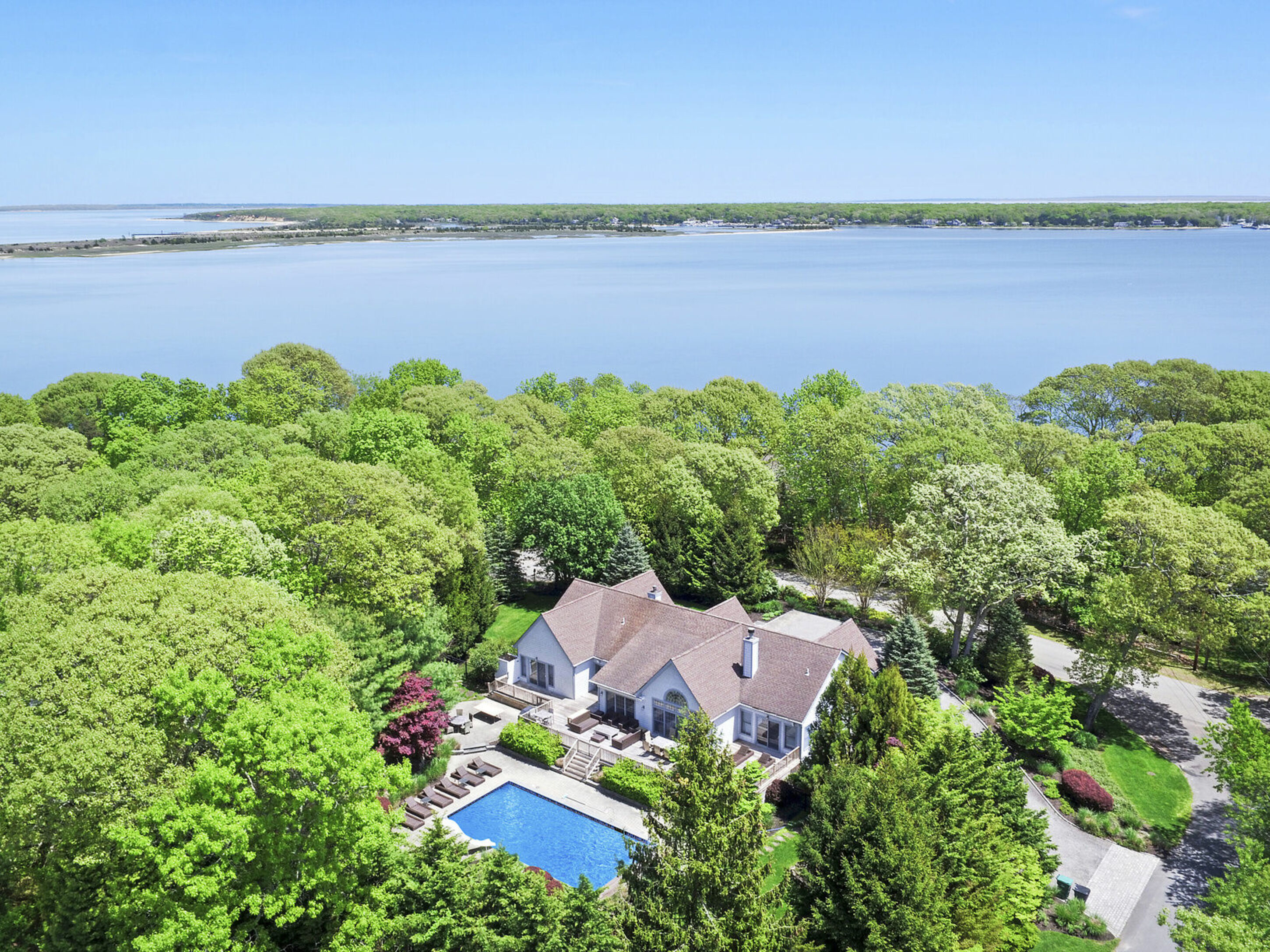 17 Three Mile Harbor Dr - East Hampton NW, New York