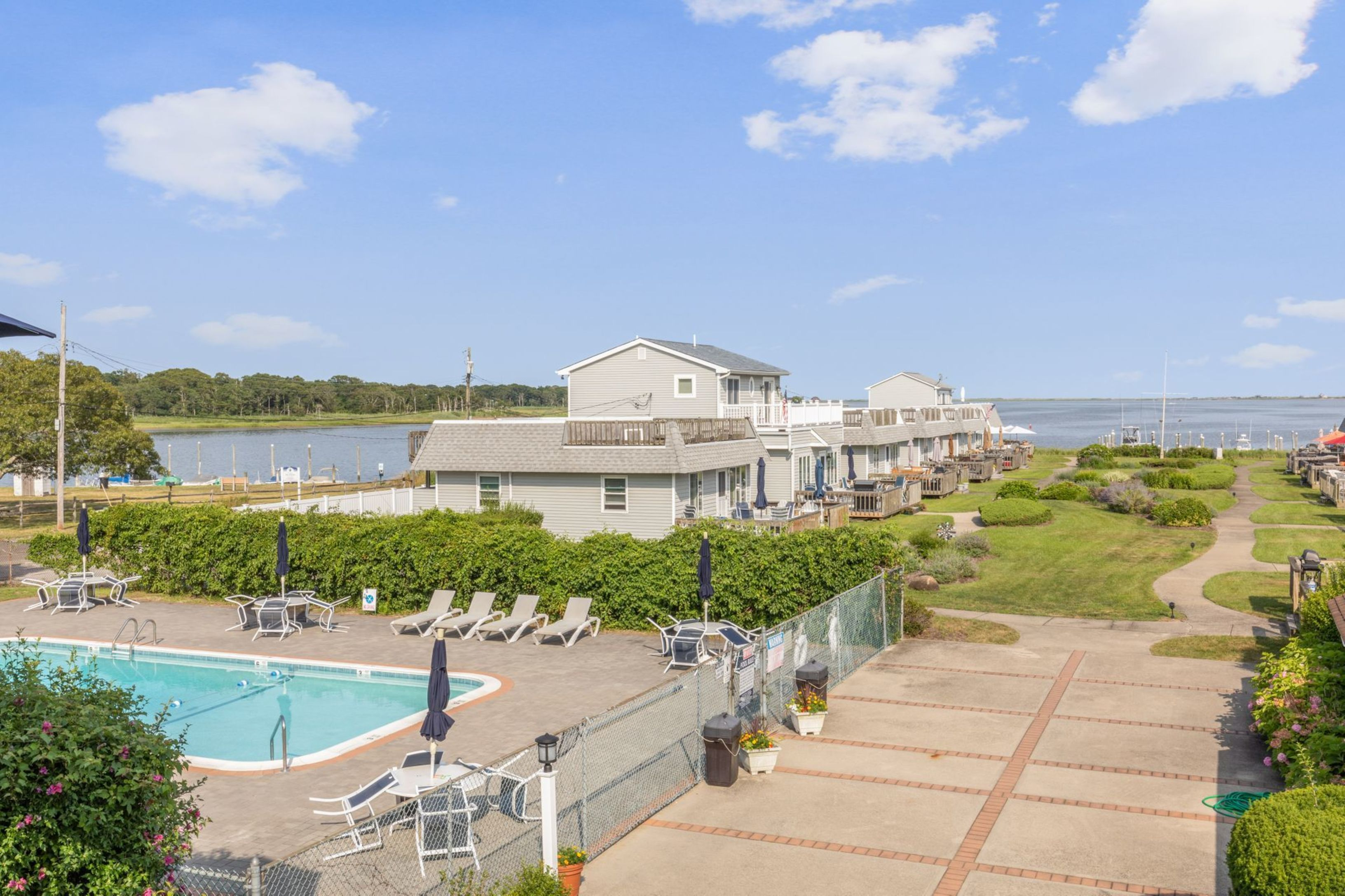 32 Bay Ave Apt 17 - East Quogue, New York