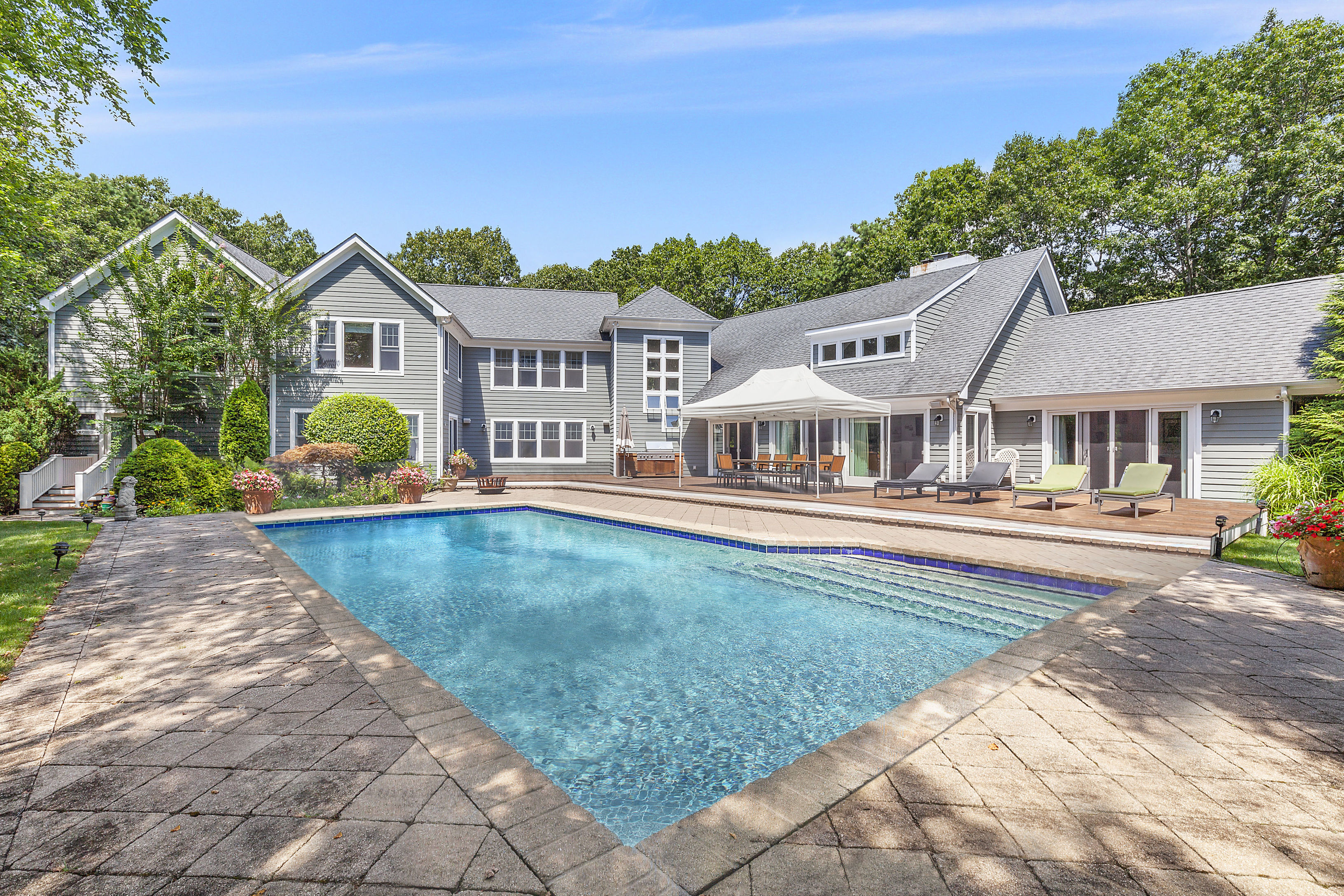 11 Woodland Ln - Quogue North, New York