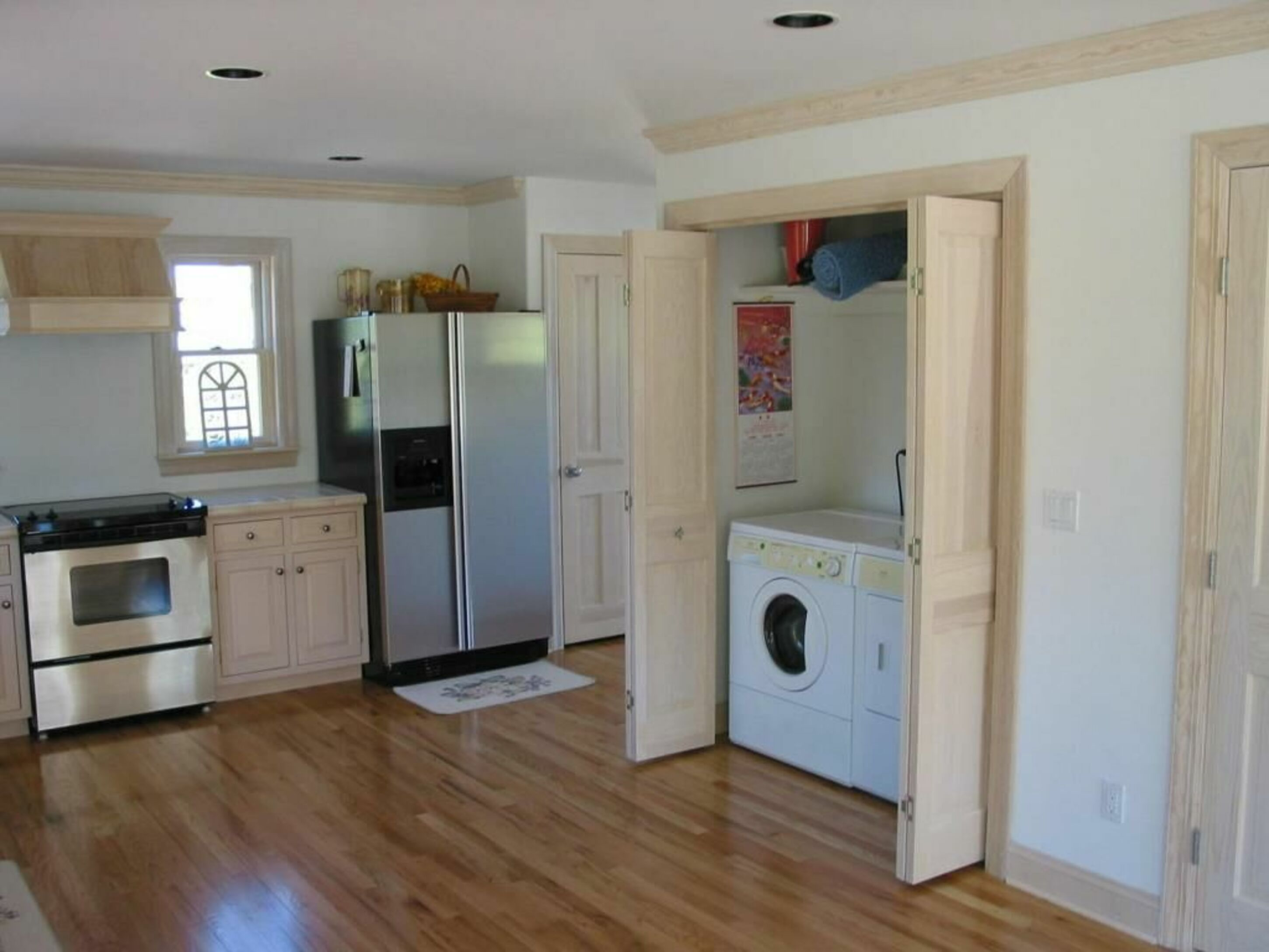 Close to ocean beach with private access