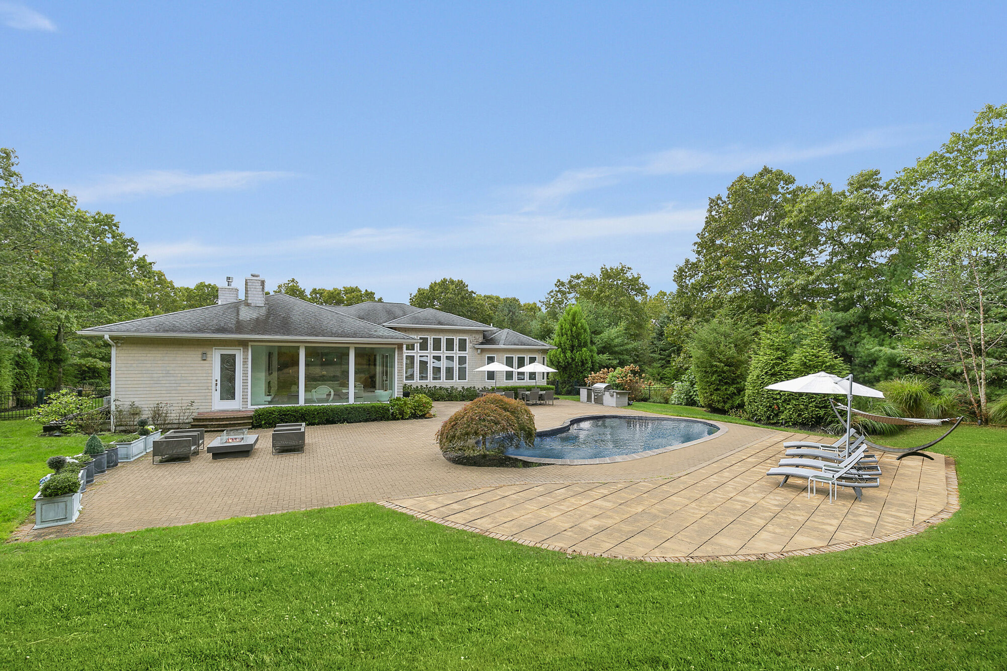 162 Chardonnay Dr - East Quogue, New York