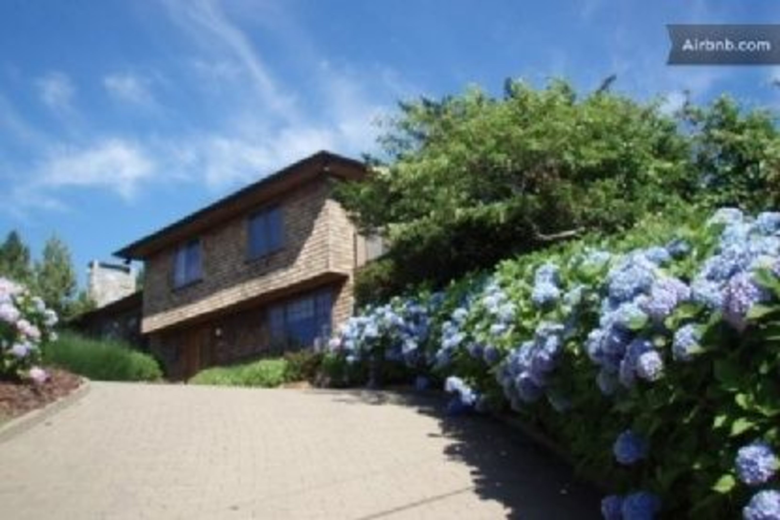 Private Montauk Beach Rental With Pool