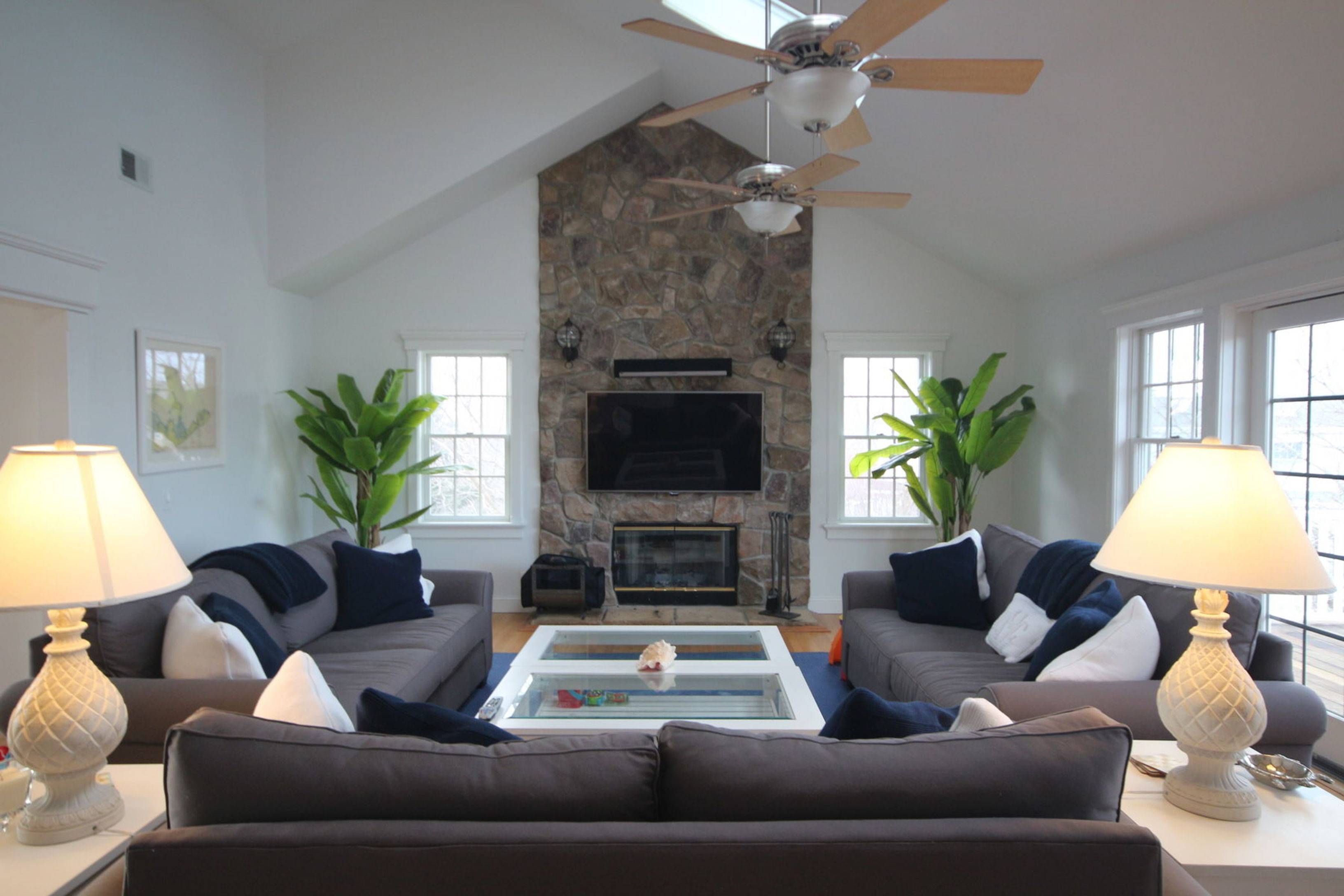 Spacious Summer Rental Close to All