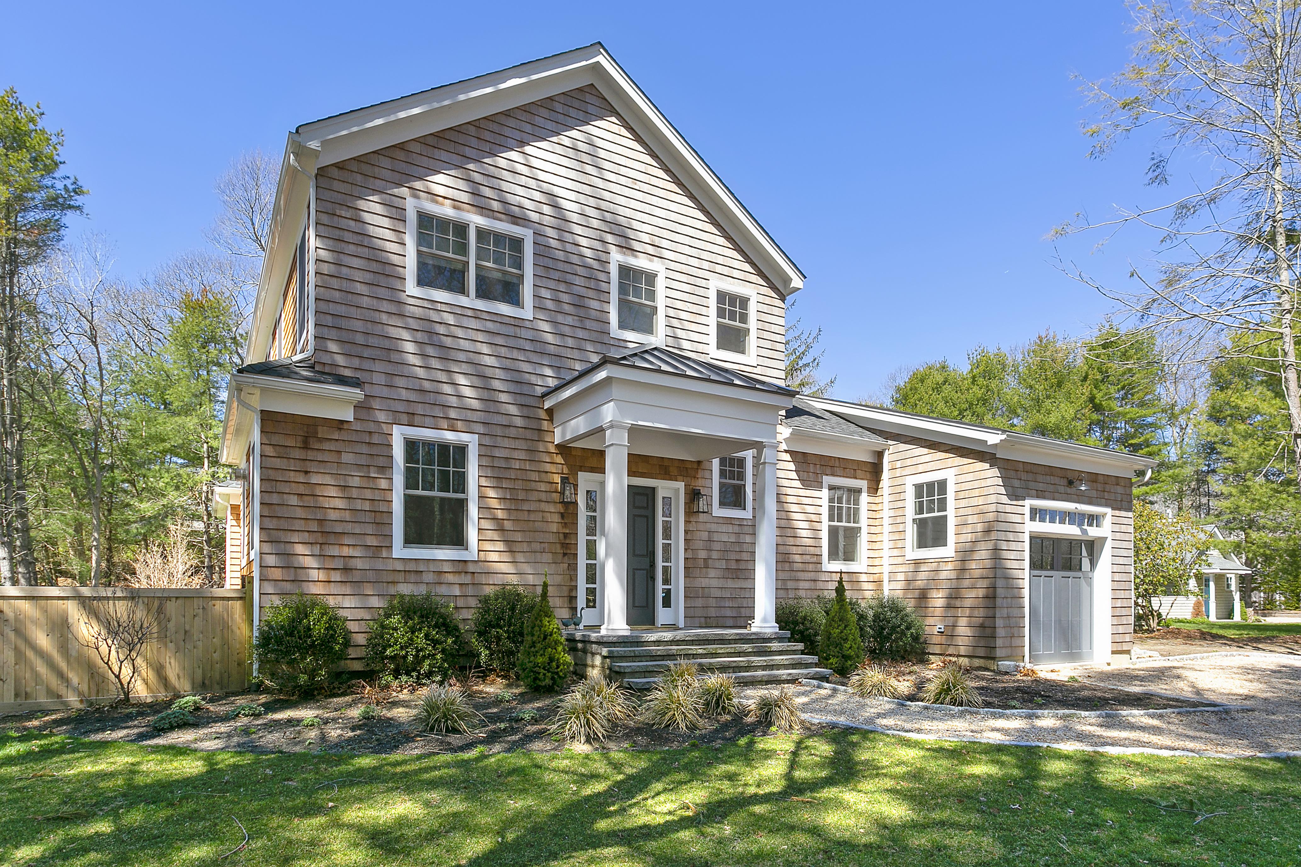97 Oak Ln - Amagansett North, New York